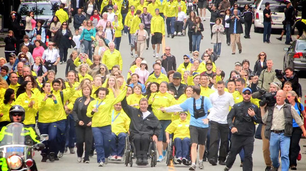 Hundreds Celebrate Final Day of Rick Hansen Relay Entering Vancouver
